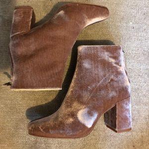 Light pink crushed velvet Zara boots